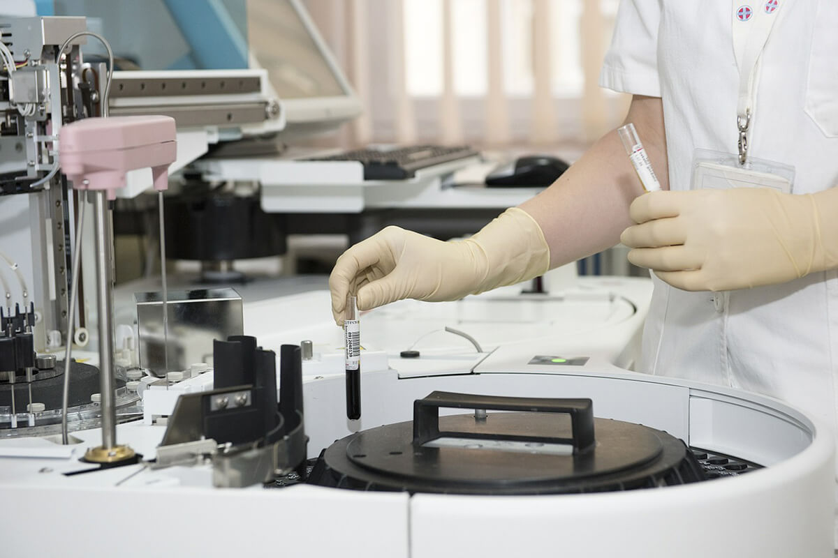 http://www.trimakasi.es/wp-content/uploads/2017/01/medic-lab.jpg